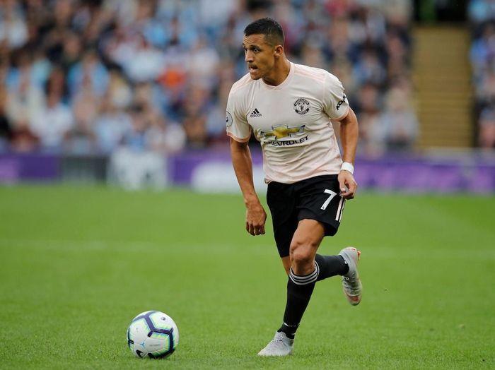 Soccer Football - Premier League - Burnley v Manchester United - Turf Moor, Burnley, Britain - September 2, 2018  Manchester Uniteds Alexis Sanchez in action  REUTERS/Phil Noble