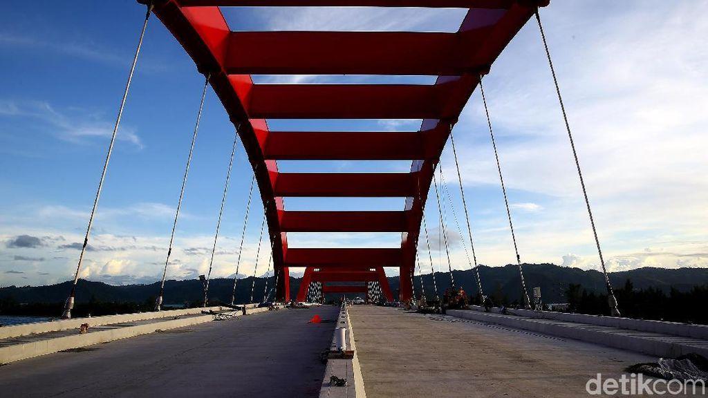 Penampakan Terkini Jembatan Holtekamp di Papua