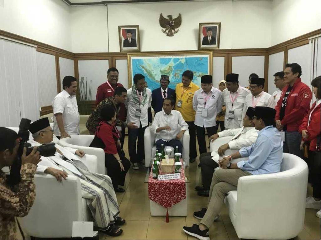 Ada Gubernur Sulawesi Utara Saat Jokowi-Maruf ke KPU