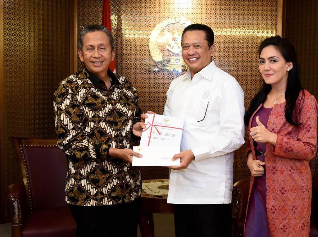 Pansus Angket Pelindo Serahkan Hasil Temuan ke Ketua DPR