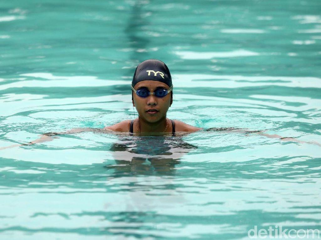 Dulu, Laura Dinda Berlatih Renang untuk Redakan Asma