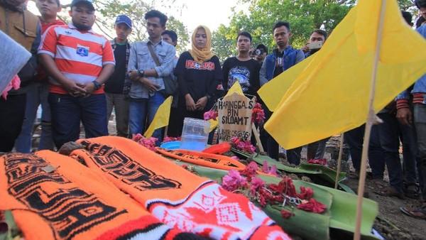 Kapten Persib: Kita Indonesia, Jangan Dipecah Belah oleh Fanatisme Buta