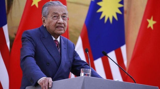 PM Malaysia Mahathir Mohamad ikut hadir dalam acara pelantikan Presiden Jokowi. (