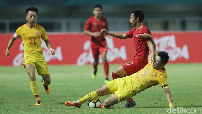 Timnas Indonesia U-19 kalah 0-3 dari China. (Foto: Grandyos Zafna/detikcom)
