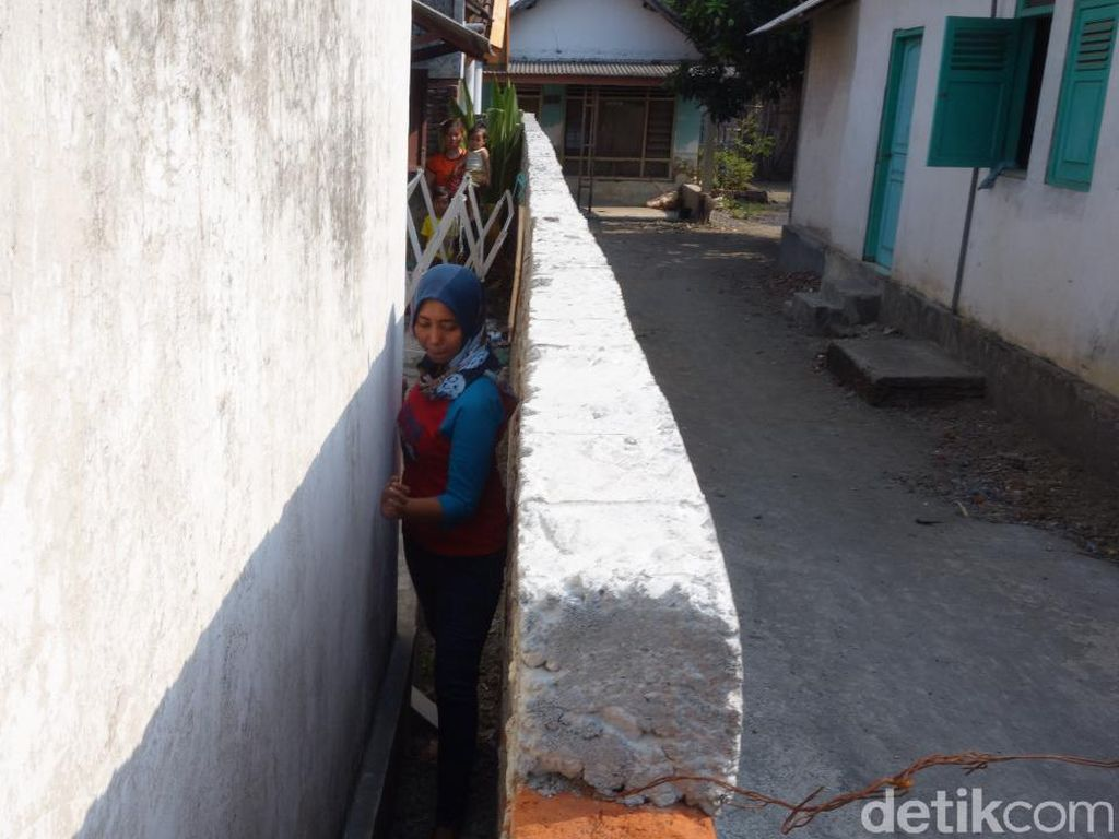 Nestapa Khotijah yang Diblokade Tetangganya Terdengar Sampai Pemkab