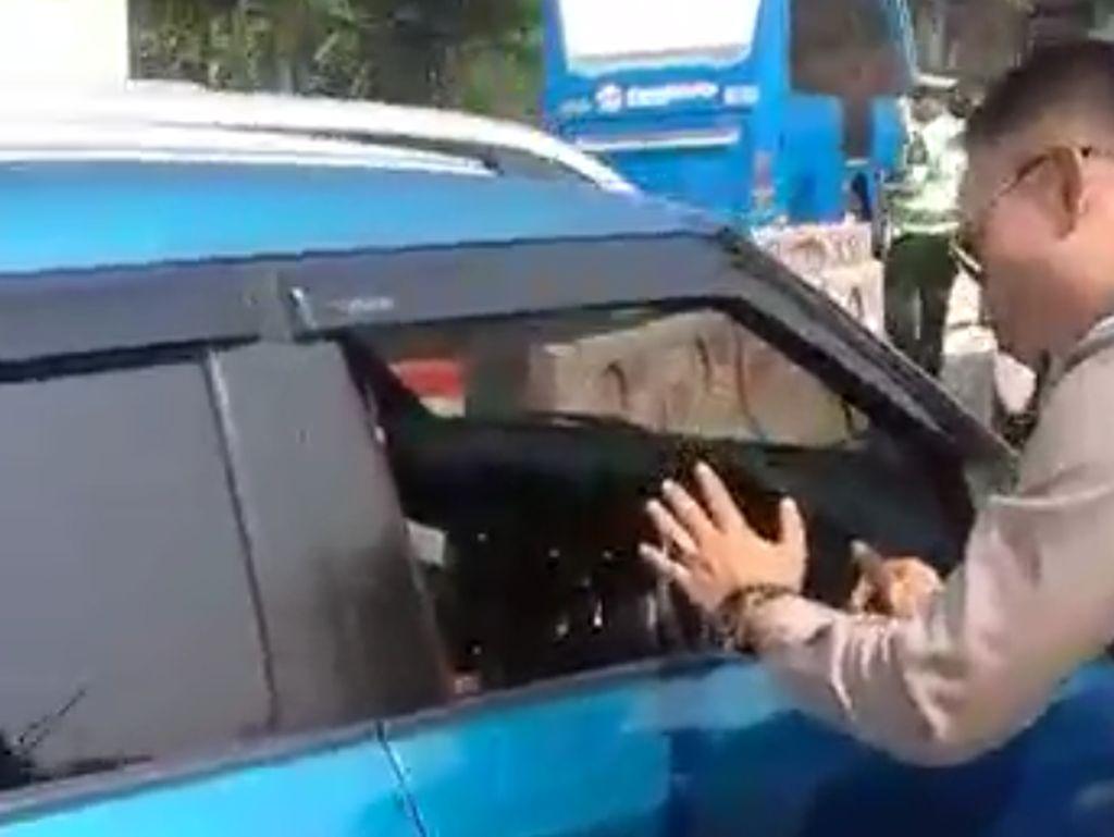 Perempuan Penerobos Konvoi Jokowi Dipulangkan Polisi