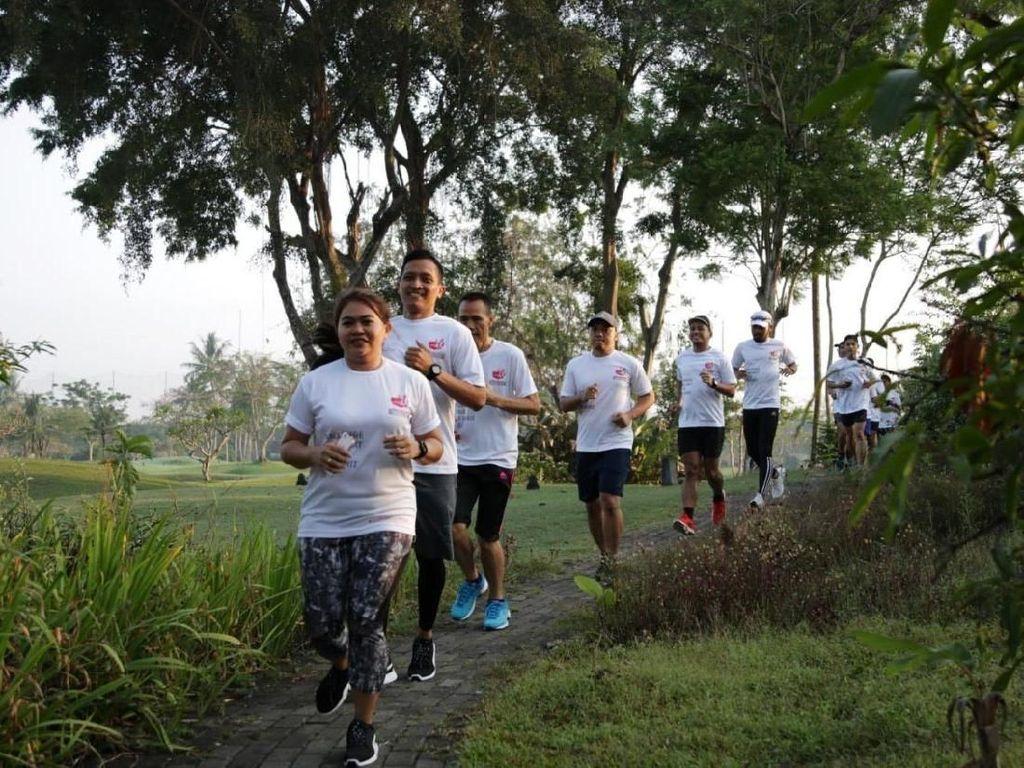75 Pelari Ramaikan Road to Semen Indonesia Trail Run