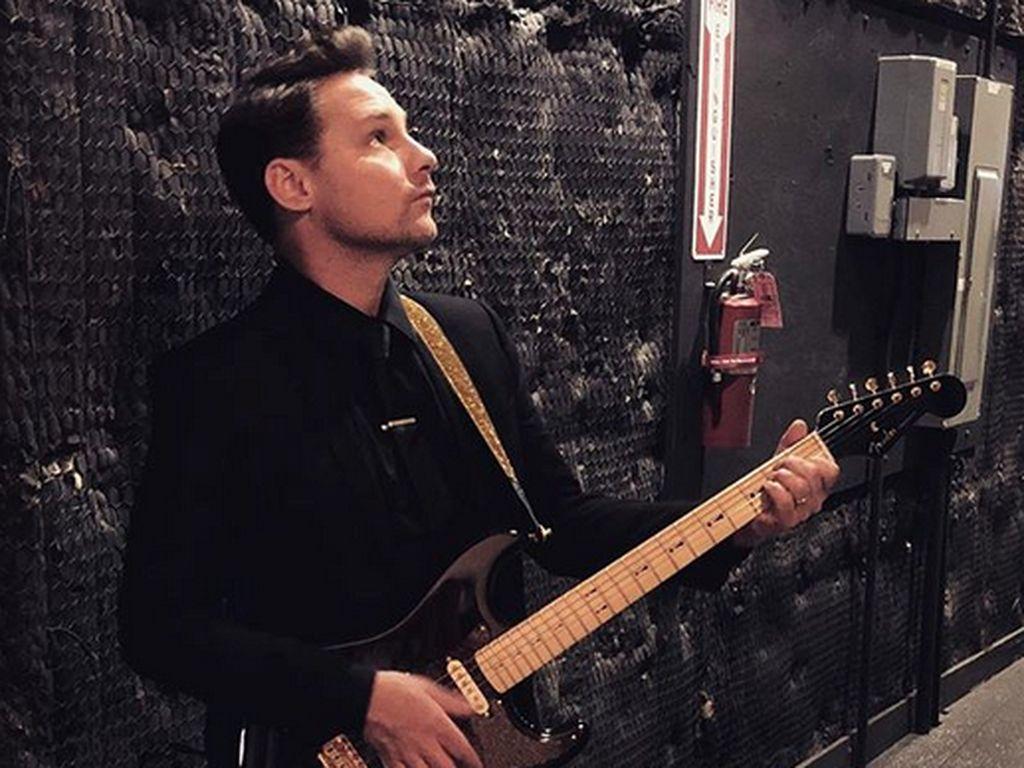 Gitaris Panic! At The Disco Dipecat karena Pelecahan Seksual?