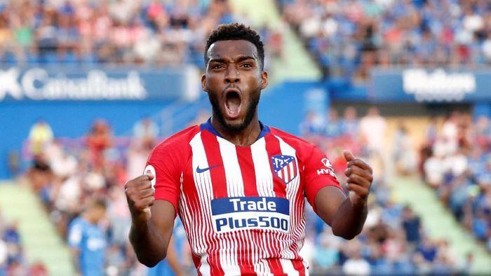 Thomas Lemar diminta tampil lebih baik lagi di Atletico Madrid (Juan Medina/Reuters)