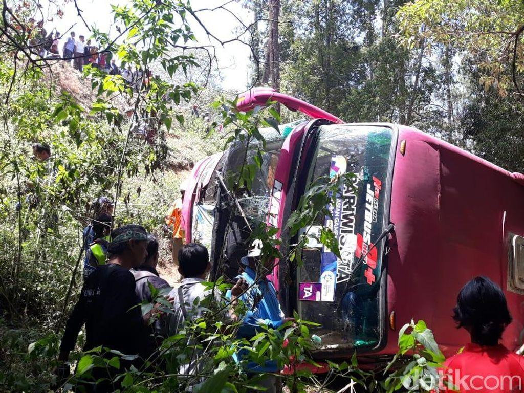 Kondisi Para Korban Bus Terjun ke Jurang di Magetan Membaik