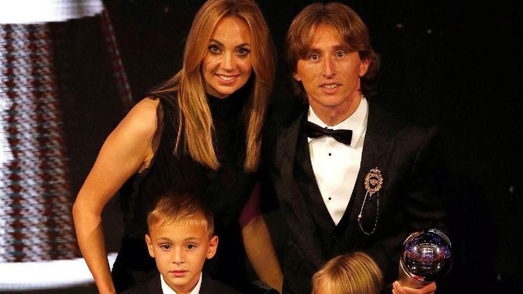 Vanja Bosnic, Si Cantik Pendamping Setia Luka Modric