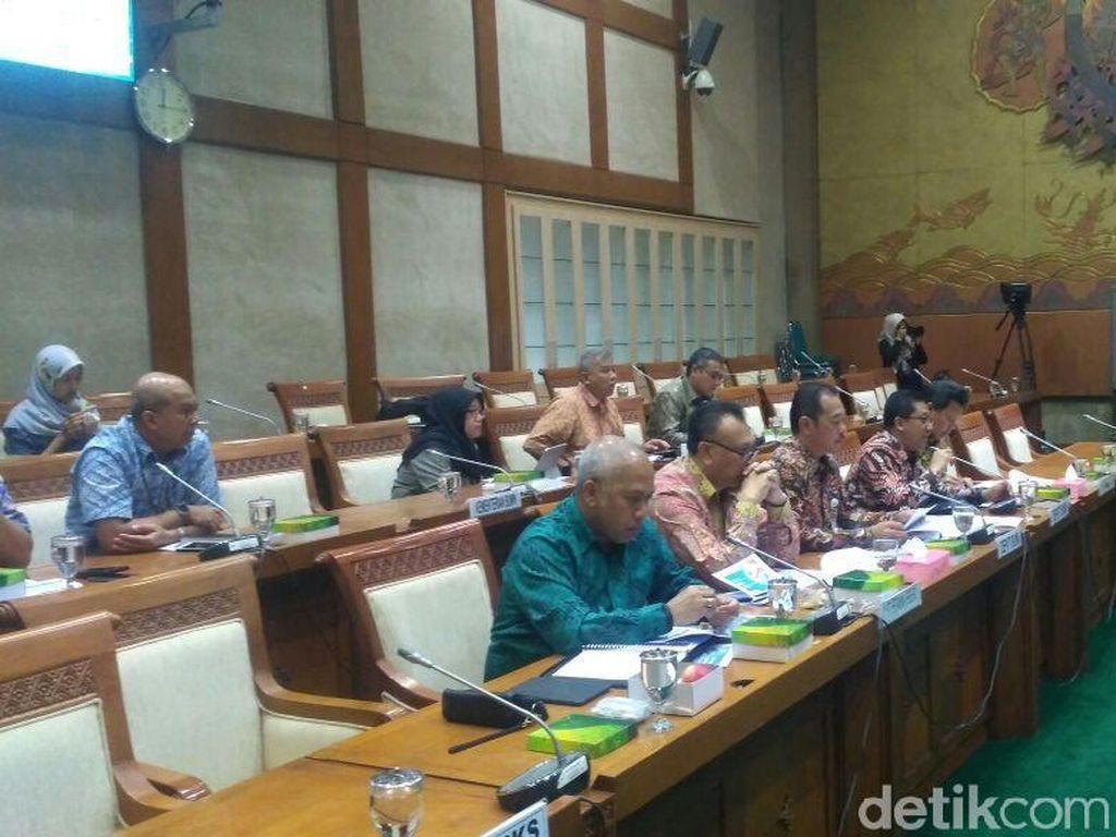DPR Panggil Kementerian BUMN dan Pertamina Bahas Biodiesel 20%