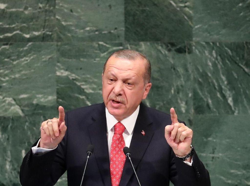 Erdogan Berlakukan Jam Malam di Turki Selama Masa Lebaran