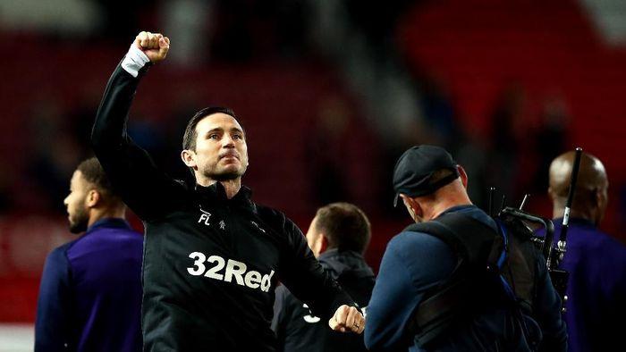 Pemain muda Chelsea akan lebih berkembang di bawah asuhan Frank Lampard (Jan Kruger/Getty Images)