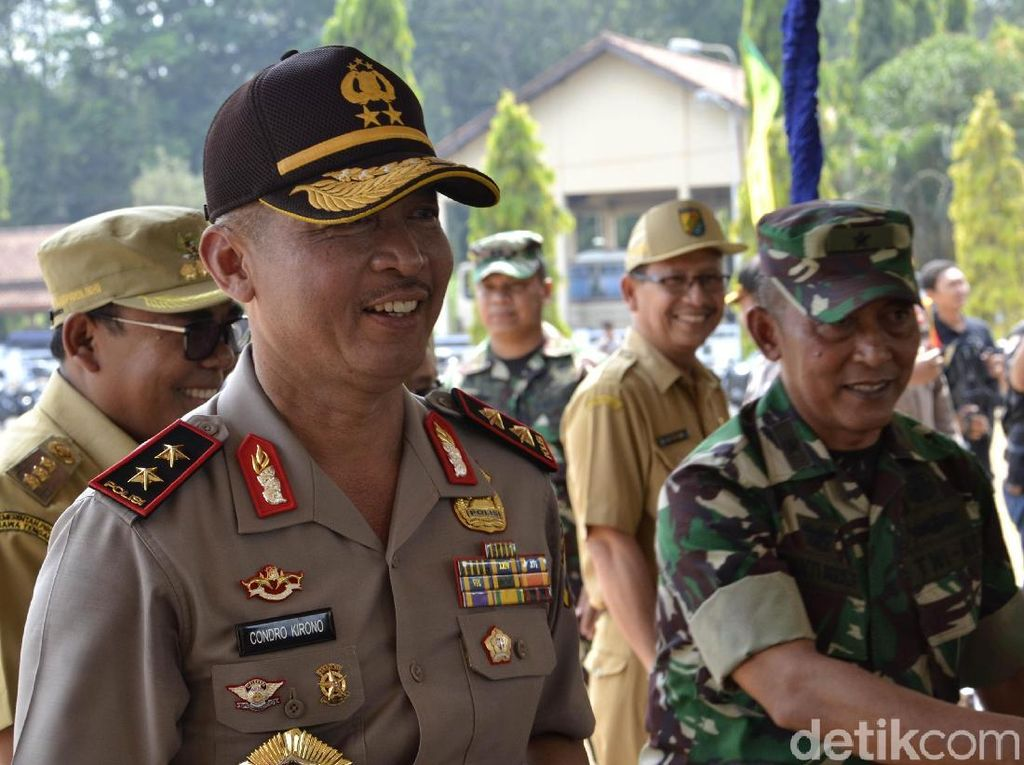 Mafia Bola Catut Nama dan Foto Kapolda Jawa Tengah