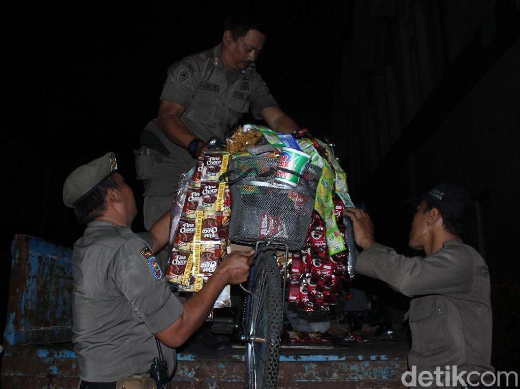 Starling di Sudirman-Thamrin Diangkut Satpol PP