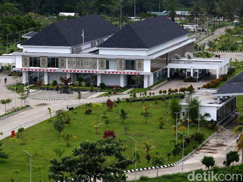 Jokowi Mau Bangun 11 PLBN Lagi Sampai 2019