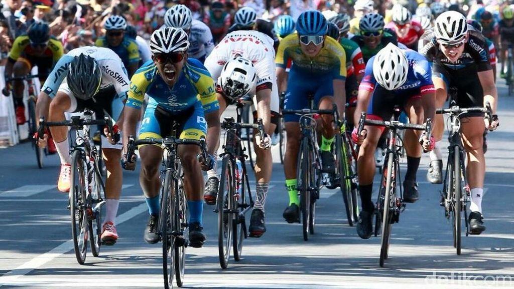 Pebalap Indonesia Juara Etape II Tour de Banyuwangi Ijen
