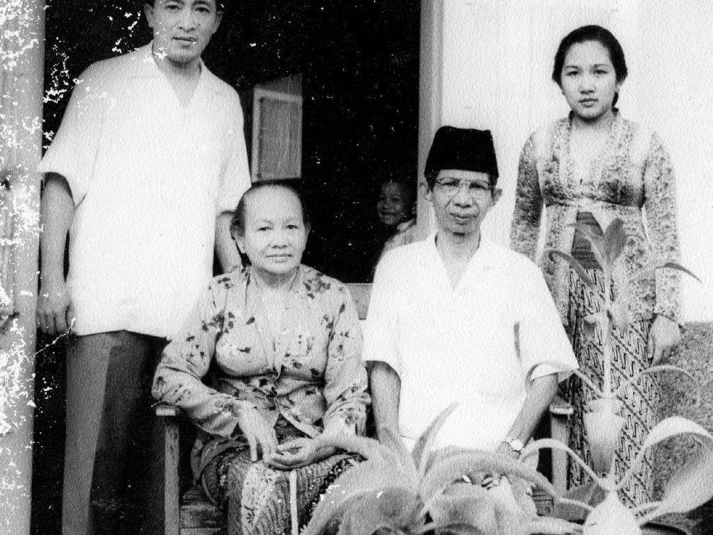 Wanita di Balik Suksesnya Hendarman dan Budi Susilo Soepandji