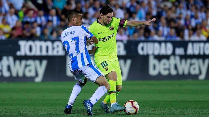 Barcelona bertandang ke Estadio Municipal de Butarque di laga pekan keenam La Liga. Blaugrana di atas kertas diunggulkan karena datang sebagai pemimpin klasemen, sementara tuan rumah menuju ke pertandingan sebagai juru kunci. (Foto: Gonzalo Arroyo Moreno/Getty Images)