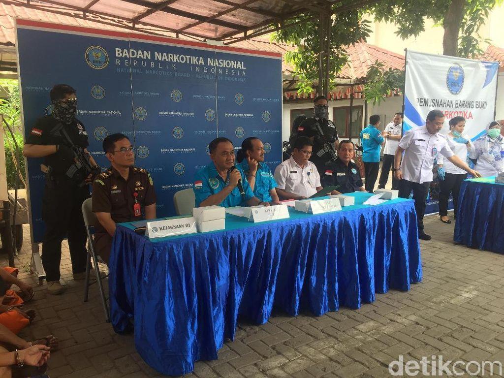 BNN Musnahkan 114 Kg Sabu dan Puluhan Ribu Ekstasi