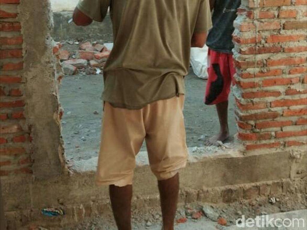 Pagar Tembok yang Blokade Rumah Khotijah Akhirnya Dibuka