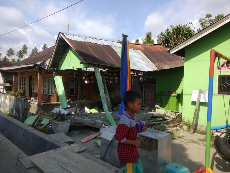 1 Orang Tewas Akibat Gempa 6 SR di Donggala Sulteng