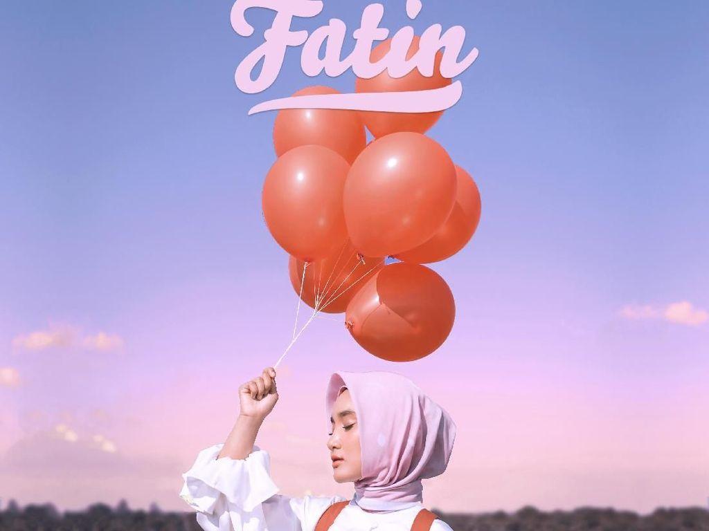 Fatin Garap Video Klip Jingga di Belitung