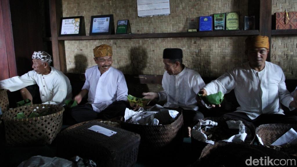 Potret Kentalnya Budaya di Kampung Cikondang Bandung