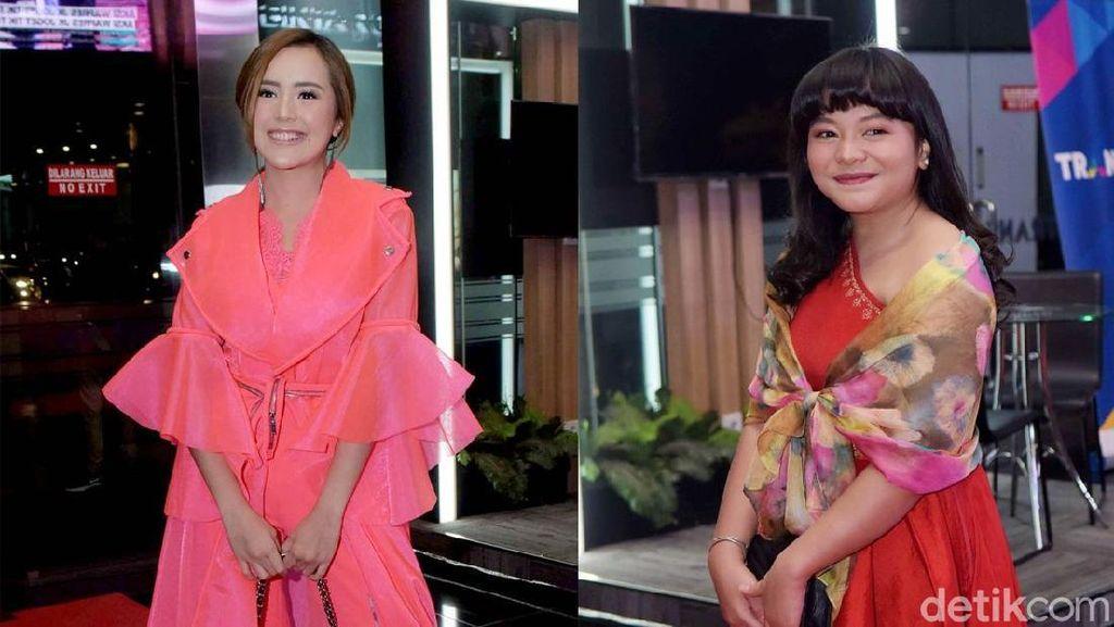 Gaya Baby Tsabina dan Amel Carla di Insert Awards