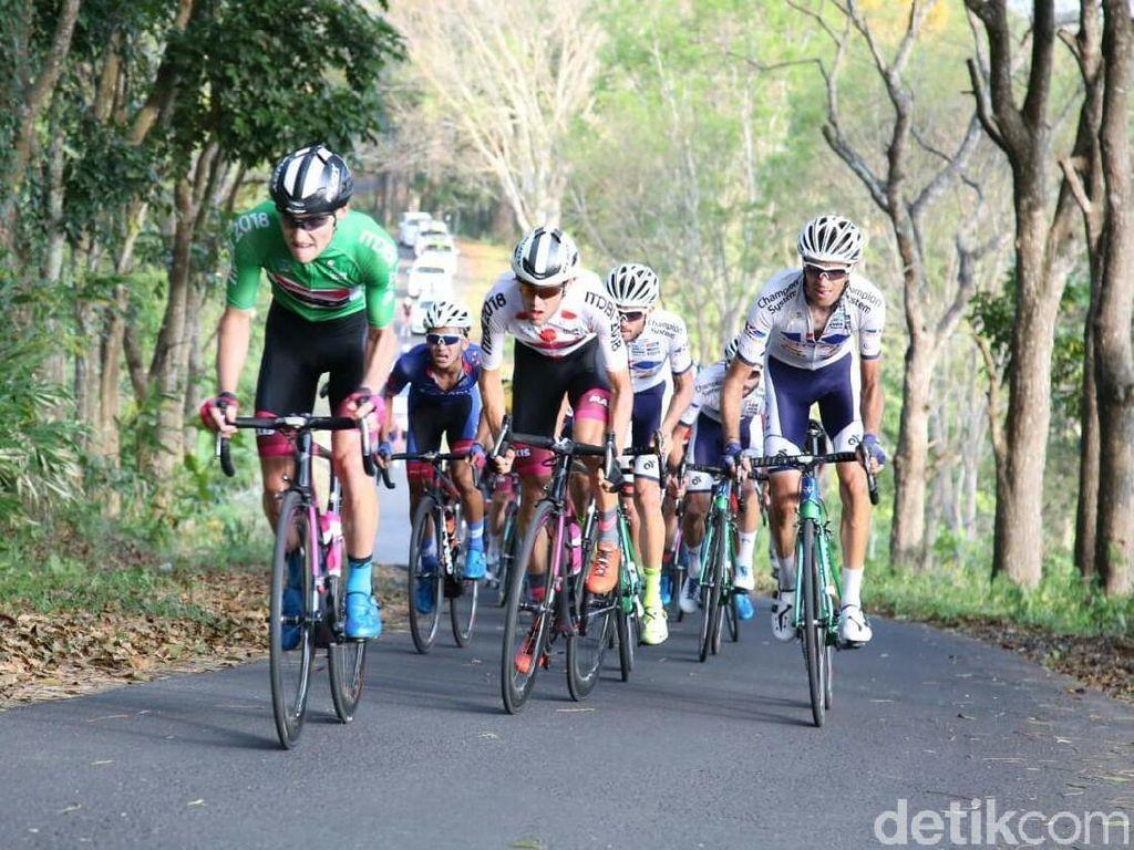 Tour de Banyuwangi Ijen Disanjung Sebagai Tour de France Mini