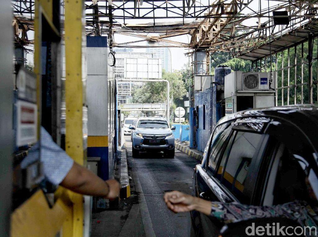 PUPR Jawab Isu Miring Uang Elektronik Jalan Tol Dikuasai Asing