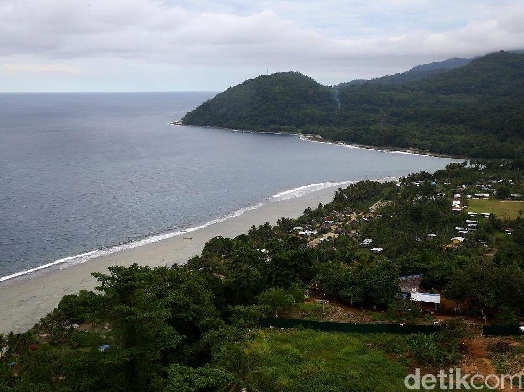 Indahnya Lanskap Pantai Wutung di Papua Nugini