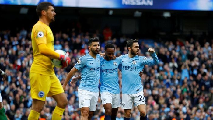 Manchester City unggul 1-0 atas Brighton & Hove Albion di babak pertama (Foto: Phil Noble/Reuters)