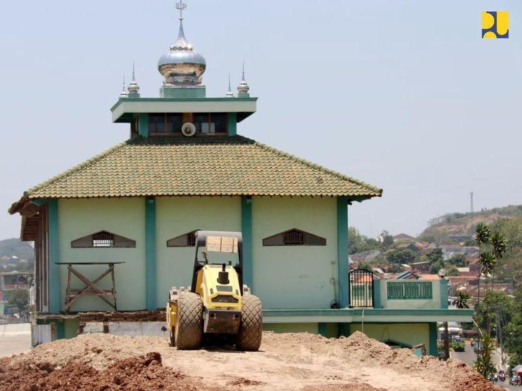 Masjid Korban Proyek Tol Dibangun Ulang, Begini Hasilnya