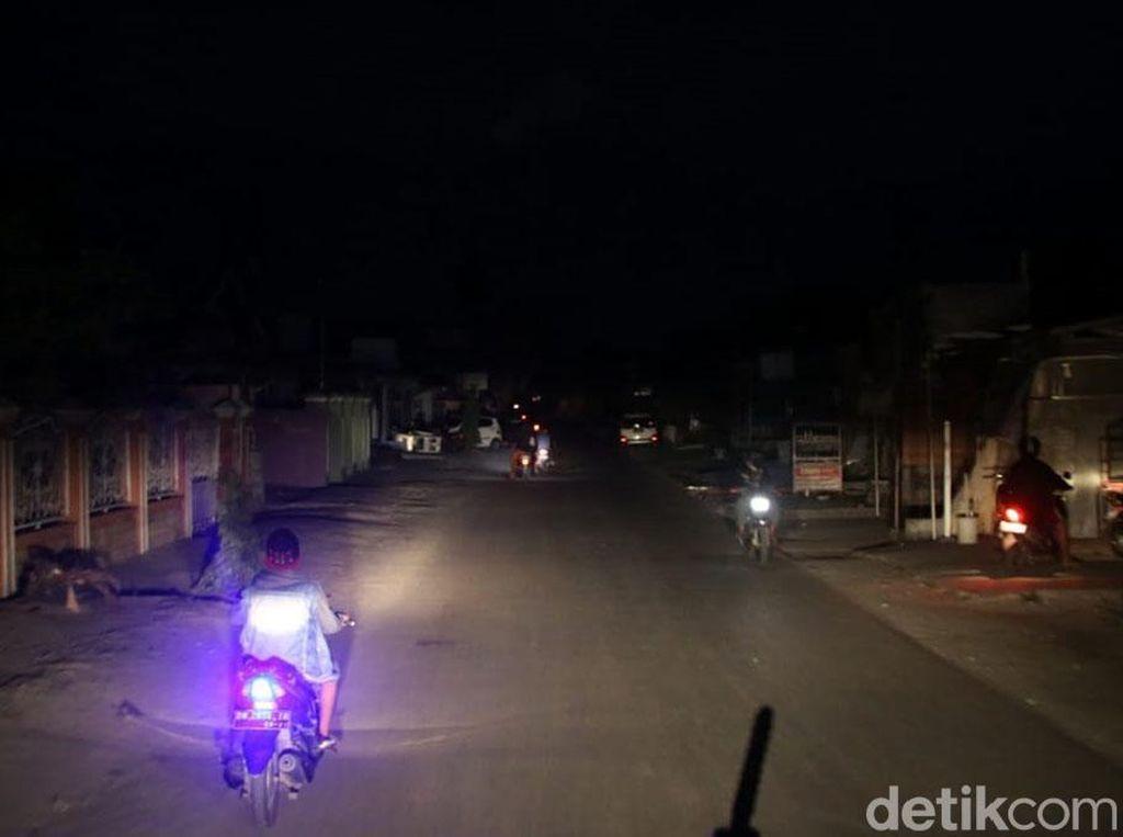 Listrik Padam Akibat Gempa, Kota Palu Gelap Gulita