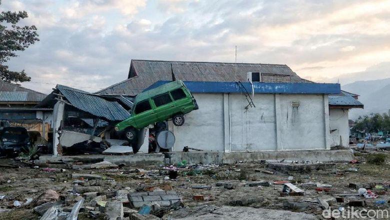 Fadli Minta Gempa-Tsunami Sulteng Ditetapkan Bencana Nasional