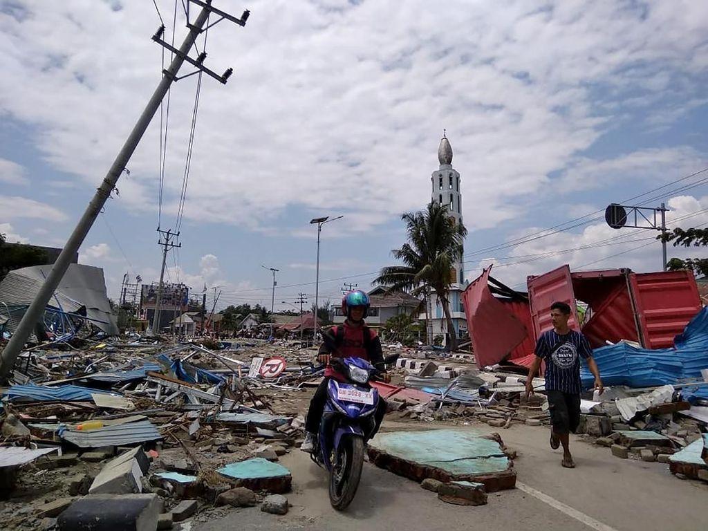 Bamsoet Minta Semua Pihak Gerak Cepat Bantu Korban Gempa di Sulteng