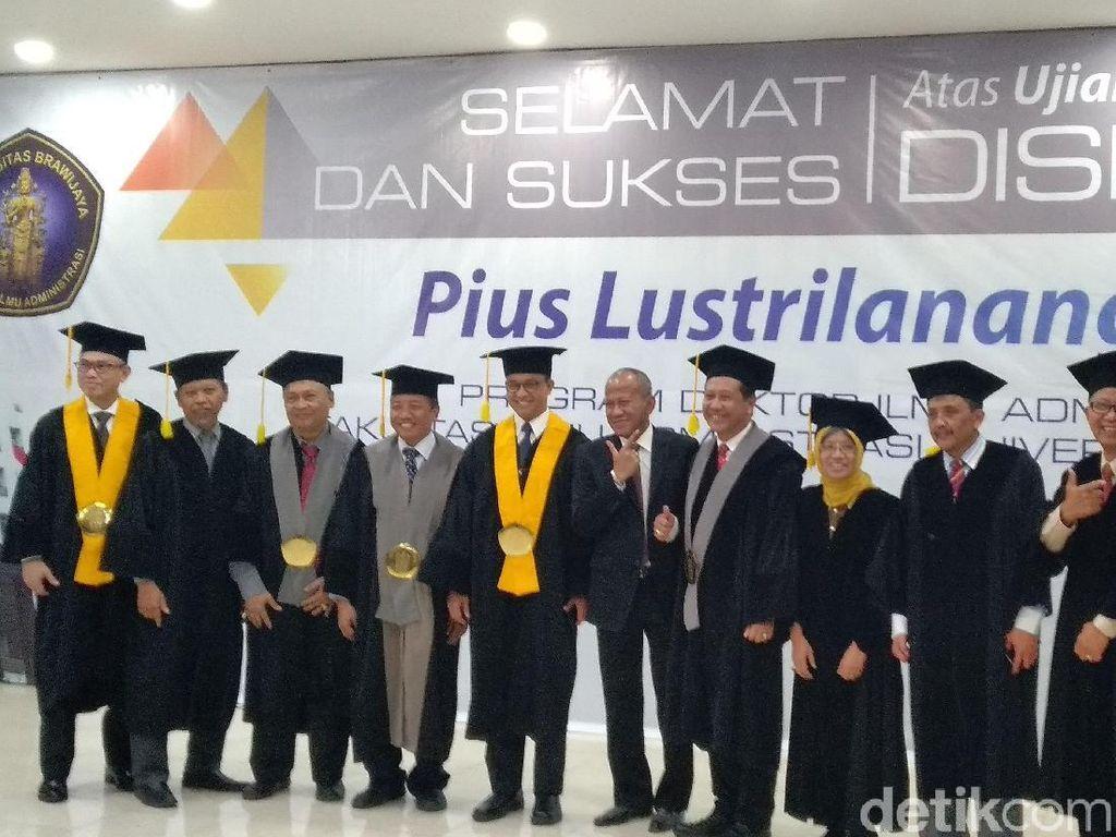 Anies Usulkan Disertasi Pius Lustrilanang Jadi Panduan Pilkada