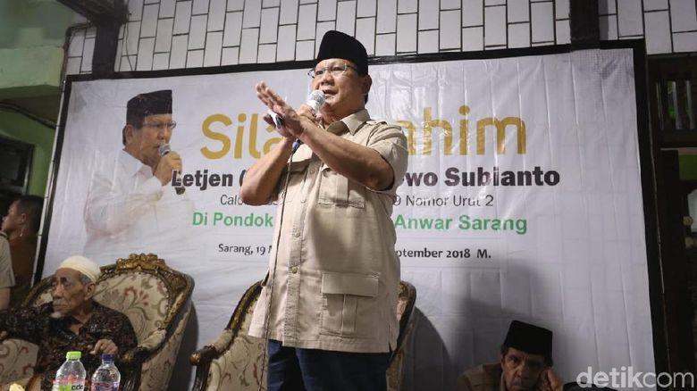 Di Hadapan Mbah Moen, Prabowo: Mungkin Ini Nyapres yang Terakhir