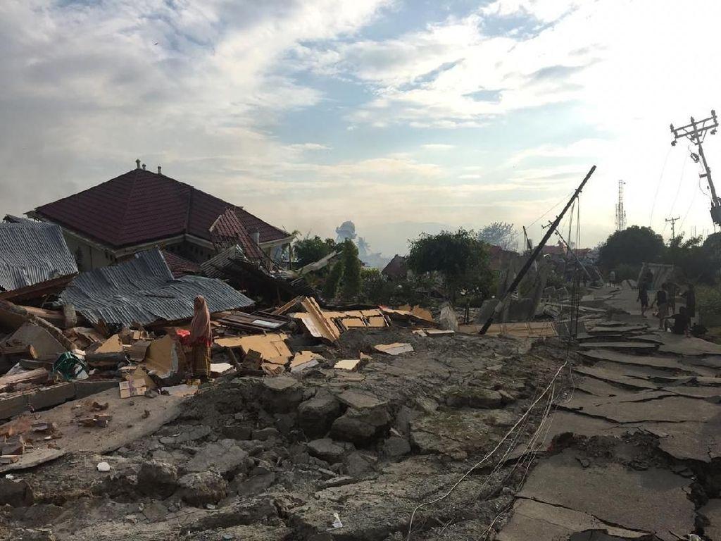 Ucapan Duka Fakhri Husaini untuk Korban Gempa dan Tsunami Palu