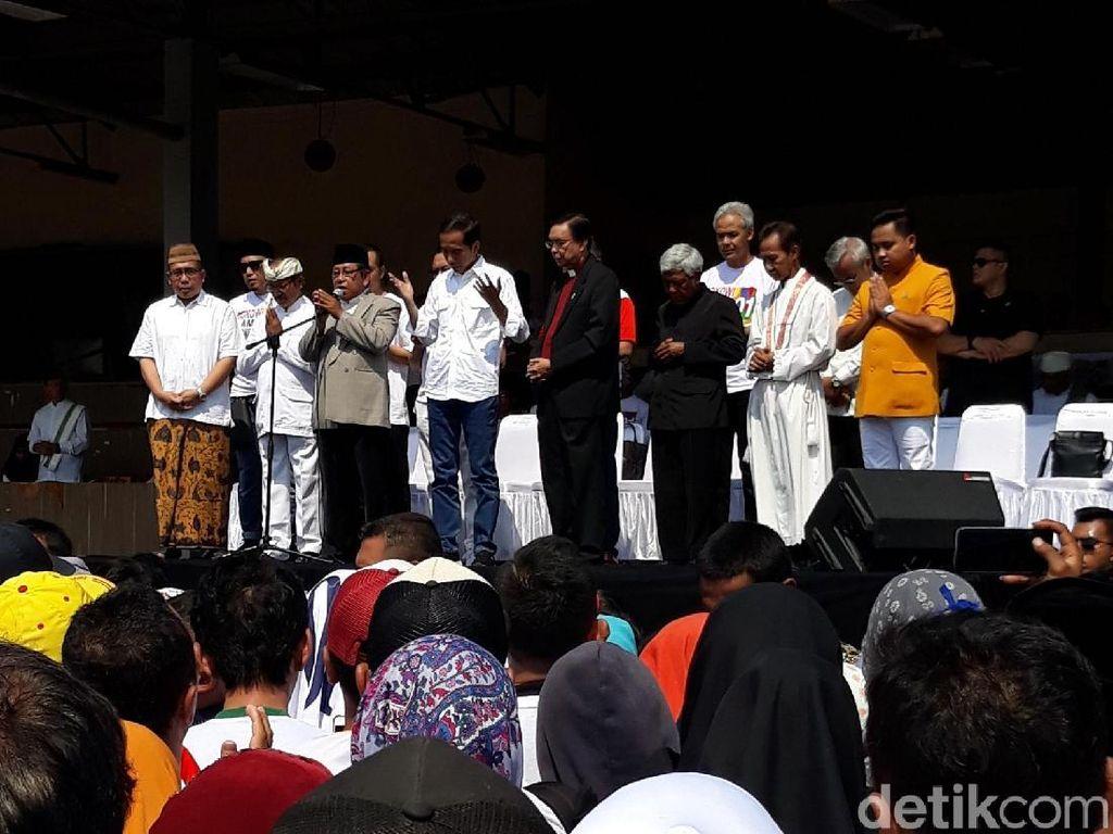Kedatangan Jokowi Disambut Selawat di Lokasi Doa Bersama di Solo