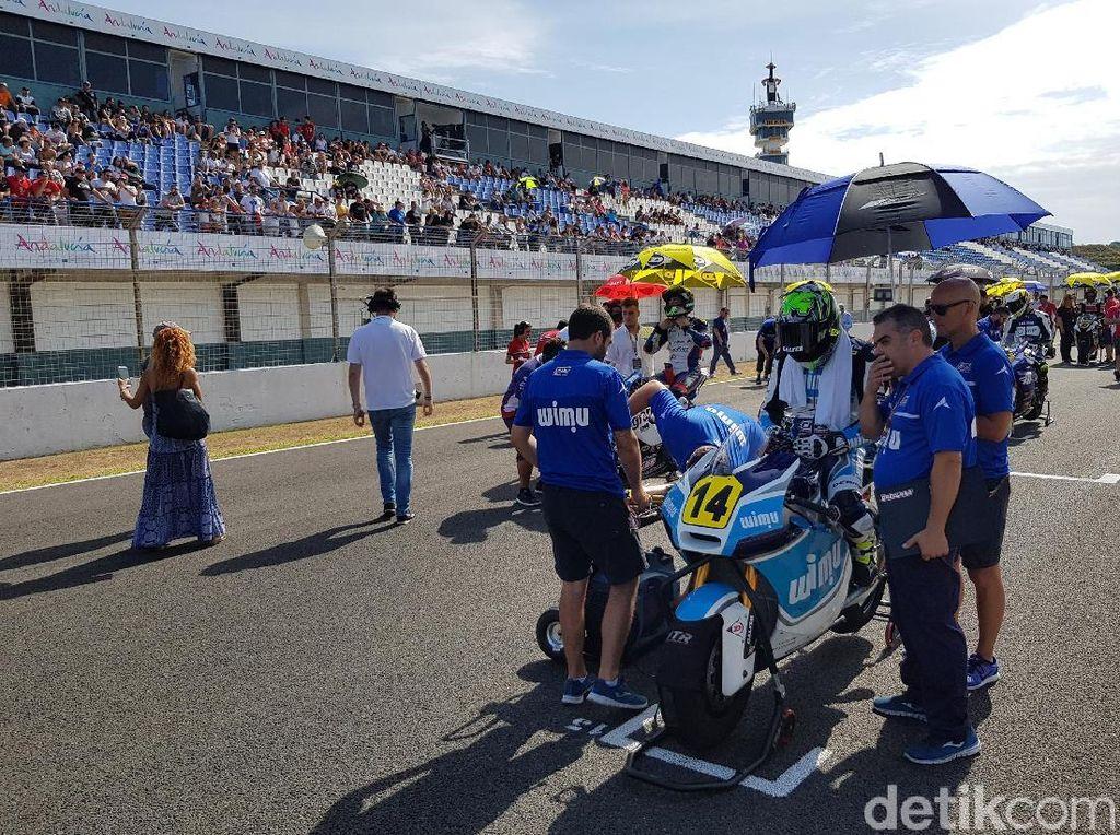 Suasana di Start Grid FIM CEV Moto2 dan Moto3