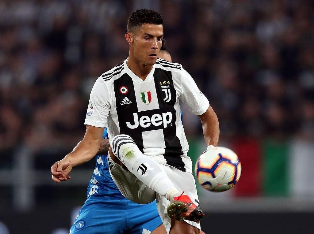 Ronaldo Banyak Belajar dari Paul Scholes