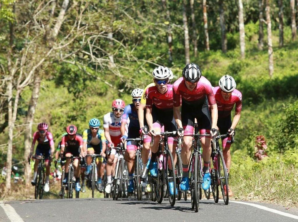 Rute Tour de Banyuwangi Ijen 2018 Diacungi Jempol Federasi Sepeda Dunia