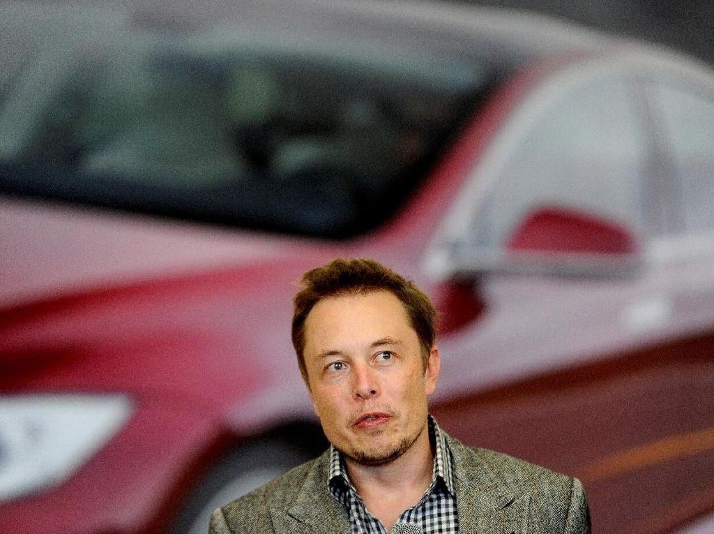 Bersikap Kasar, Elon Musk Diperiksa Tesla