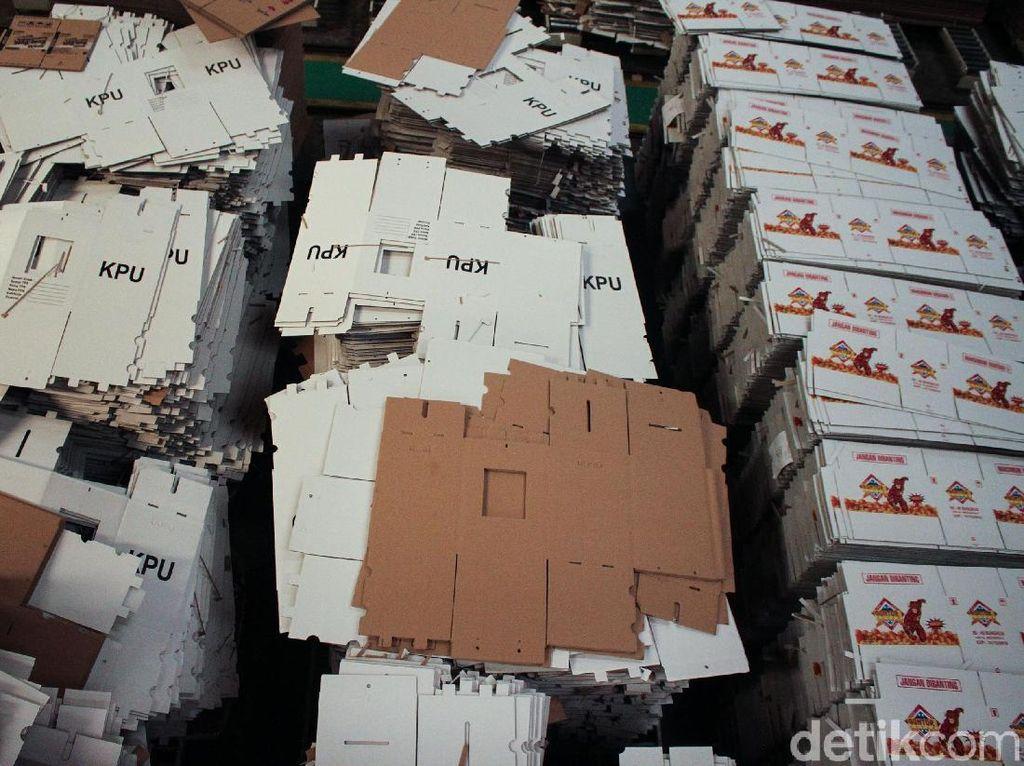 Spesifikasi Kotak Suara Karton Kedap Air Pilpres 2019 yang Disebut Kardus