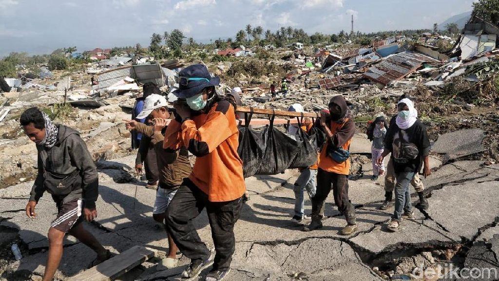 Pencarian Korban Gempa di Balaroa Palu Terus Dilakukan