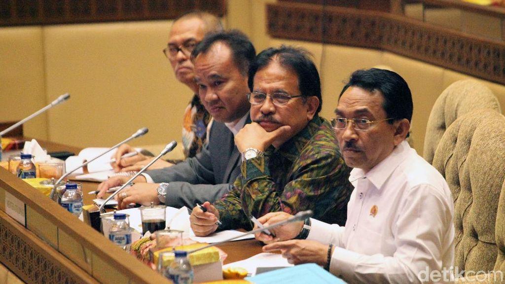 Menteri Agraria-Komisi II Bahas Kasus Tanah