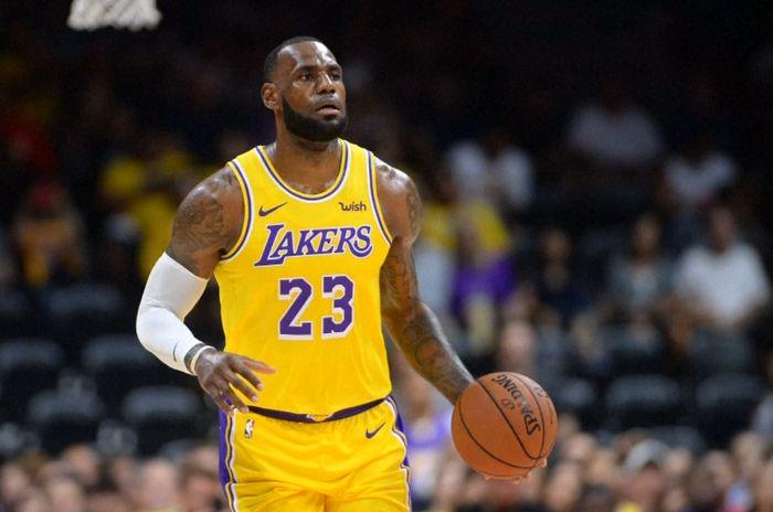 Berseragam Lakers, LeBron James Jalani Debut Perdana Pramusim